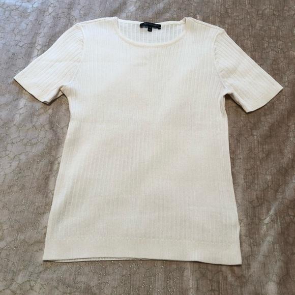 St. John wool blend short sleeve ribbed knit T